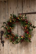 Lit Berry Wreath