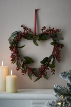 Artificial Red Berry Heart Wreath