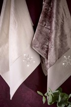 Set of 2 Diamanté Star Velour Hand Towels