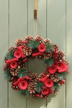 Winter Roses Wreath by Dibor
