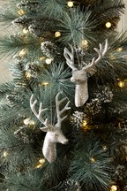 Set of 2 Stag Head Baubles