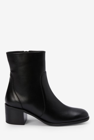 black boots with little heel