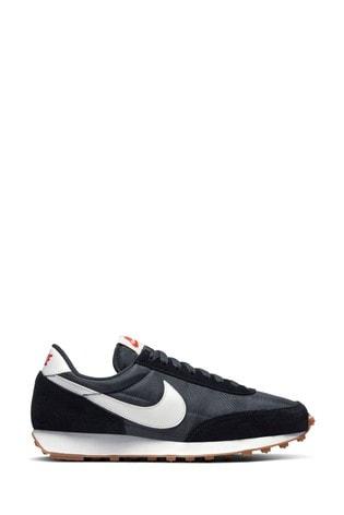 escalar estoy de acuerdo con declarar  Buy Nike Daybreak Trainers from the Next UK online shop