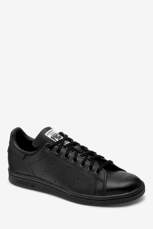 hot sale online 41444 41af8 adidas Originals Stan Smith Youth Trainers