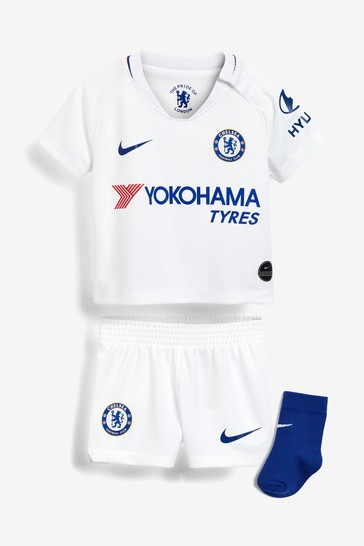 lowest price 0bece 20cc1 Nike White Chelsea Football Club 2019/2020 Away Infant Kit