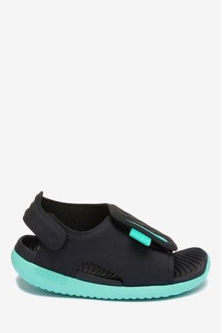 pas mal 5e70d d0773 Nike Sunray Adjust 5 Infant Sandals