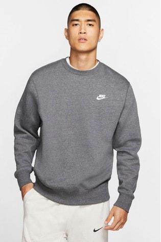 Continental brillante Tierras altas  Buy Nike Club Fleece Crew Sweater from the Next UK online shop