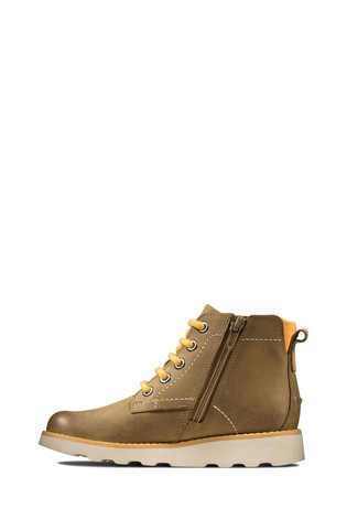 Clarks Tan Crown Hike K Boots