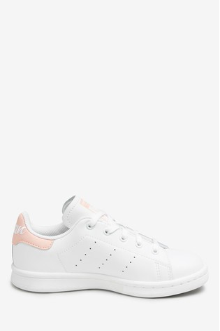 new style 282b6 d1483 adidas Originals Stan Smith Junior Trainers
