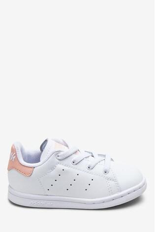new products 9658e 549de adidas Originals Stan Smith Infant Trainers