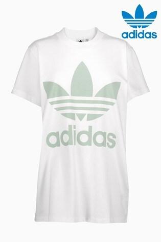 Buy adidas Originals Big Trefoil Tee from Next Slovakia 1bee6f5ae08