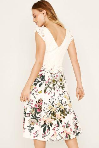 971f6bc8f6f4 ... Oasis Natural Frill Sleeve Lace Top Secret Garden Midi Dress ...