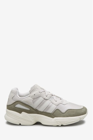 verkossa myytävänä myyntipisteiden myynti hyvä myynti adidas Originals Yung 96 Trainers
