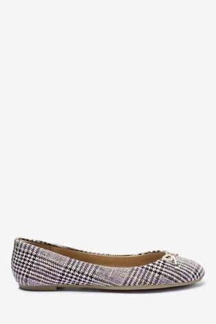 best sneakers 6abac a935c Tweed Bow Ballerinas