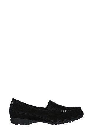 skechers relaxed fit uk
