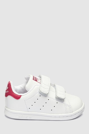 new products ef6d4 c2679 adidas Originals Stan Smith Infant Trainers