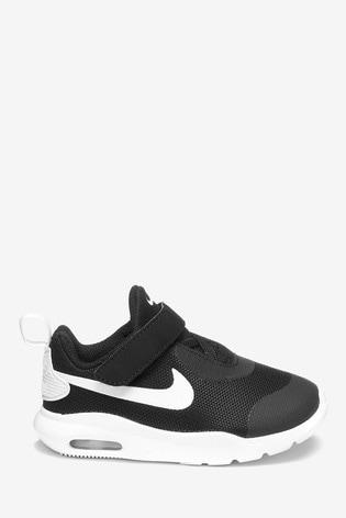 58bf36e62cd Buy Nike Black/White Air Max Oketo Infant from Next Netherlands