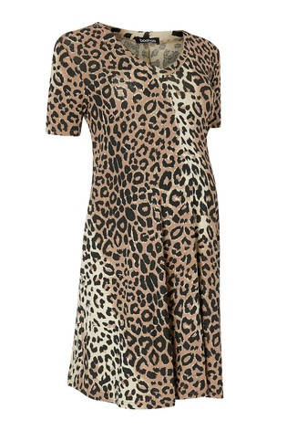 a5727df5929 Buy Boohoo Maternity Leopard Print Dress from Next Lebanon