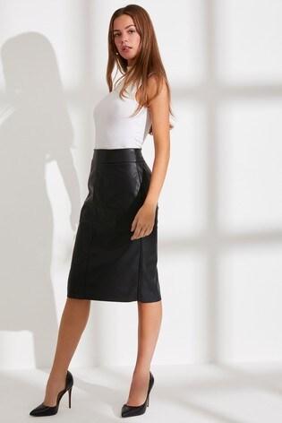 Kupte si Polodlouhá pouzdrová sukně Dorothy Perkins z umělé kůže na ... e49e5b0423