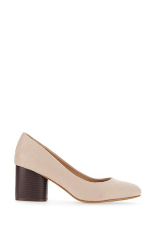 Wide Fit Round Heels Classic Court Shoe
