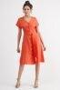 Льняное платье на пуговицах