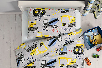 Trucks And Diggers Bed Set