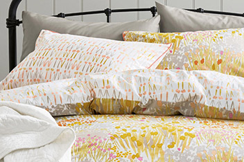 Meadow Floral Bed Set