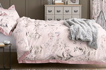 Cotton Sateen Delicate Floral Bed Set