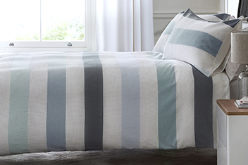 Waffle Textured Stripe Bed Set
