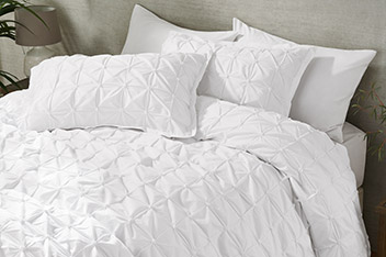 All Over Pleated Bed Set