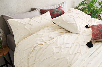Tufted Washed Cotton Duvet Cover and Pillowcase Set