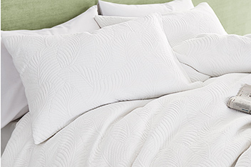 Leaf Matelasse Bed Set