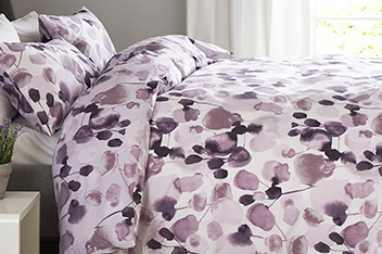 Blurred Floral Bed Set