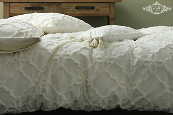 MM Linen Clover Bed Set