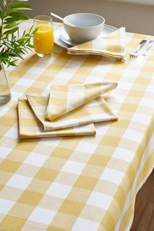 Gingham Table Cloth with 4 Napkins