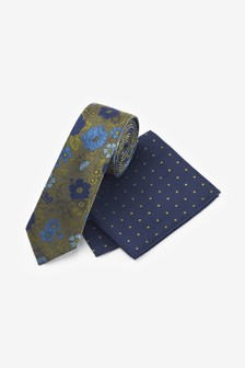 Floral Tie With Polka Dot Pocket Square