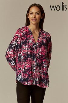 Wallis Petite Cluster Floral Ruffle Top