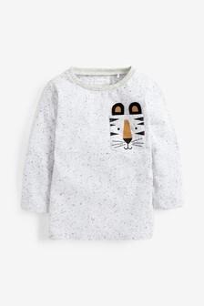 T-shirt met lange mouw en borstzakje met tijger (3 mnd-7 jr)