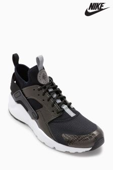 Nike Black/White Huarache Ultra