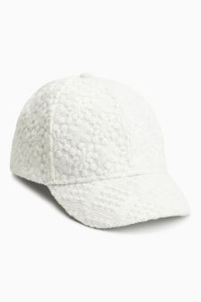 Broderie Cap (Younger)