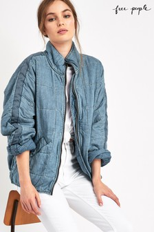 Free People Dolman-Denimjacke mit Steppung, Mid Wash