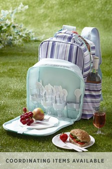 4 Person Filled Picnic Backpack