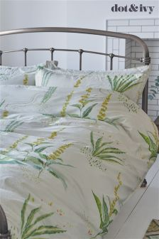 طقم سرير Botannical من Dot & Ivy