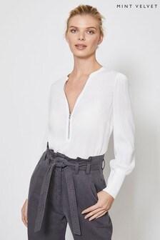 חולצה בצבע שנהב עם שרוולי בלון ורוכסן של Mint Velvet