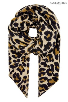 Accessorize Leopard Retro Soft Blanket