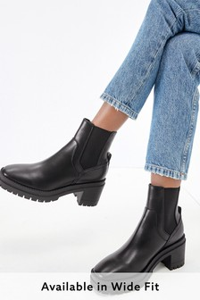 Forever Comfort Block Heel Chelsea Boots