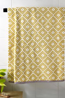 Diamond Geo Towels