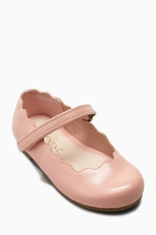 8a6c55c5f043 Girls Footwear