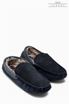 Signature Textured Moccasin
