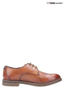 Chaussures Base LondonWayne fauve aspect vieilli à lacets